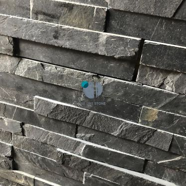 Black_slate_split_face_tile