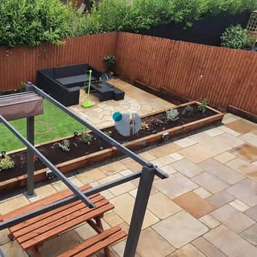 Fossil Mint Riven Sandstone Paving