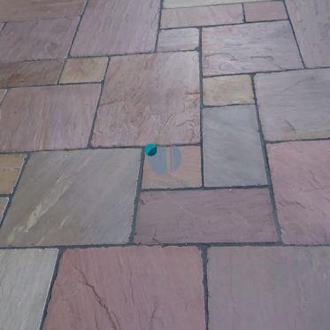 Raj_green_tumbled_sandstone_paving_slabs