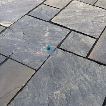 Sagar Black Riven Sandstone Paving Slabs Patio Pack