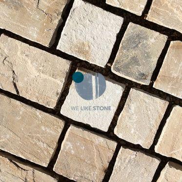 Fossil Mint Random Sandstone Paving Setts